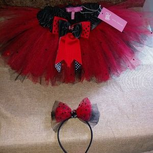 Dresses & Skirts - Girl's tutu